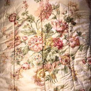 RALPH LAUREN full/queen shabby floral comforter